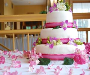 Свадебные торты от компании Любава
